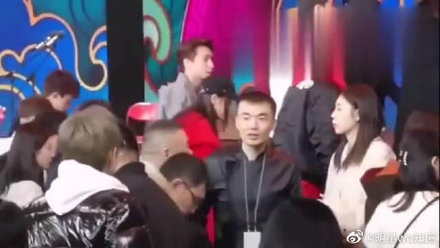 考古:TFBOYS李易峰朱一龙、张杰钟汉良岳云鹏神仙同框