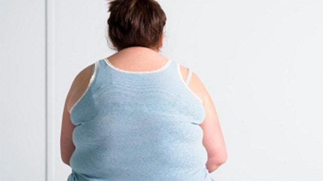 孕妇因太胖导至穿刺麻醉四次失败,麻醉师:您还是先坐起来吧