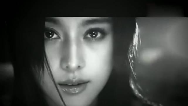 的《刚刚开始》非常清新朴素的MV,一切才刚刚开始,她一直在路上