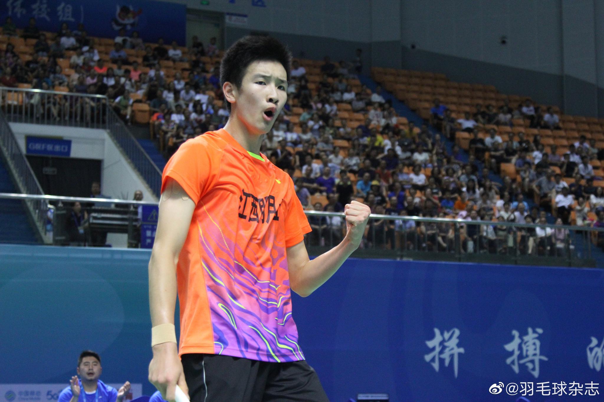 二青会羽毛球体校组单项赛最后一块金牌:甲组男单,李诗沣!