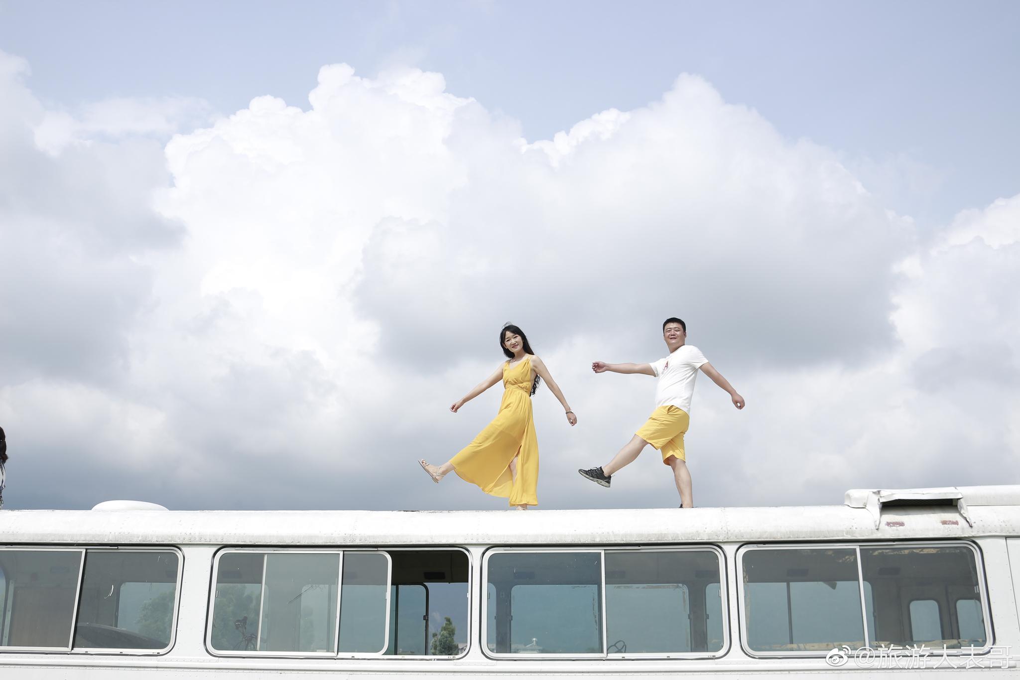 大理旅游,吉普车环海旅拍,情侣闺蜜值得体验的游玩方式~~