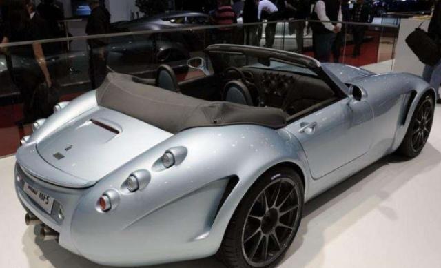 手工打造跑车威兹曼GT,4.4T爆发555马力,加速3.9秒,不足300万