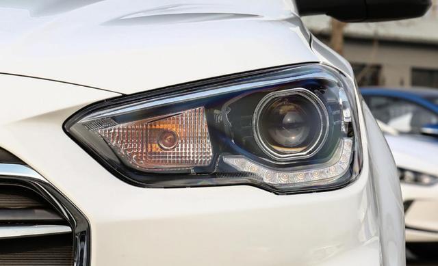 高性价合资SUV,空间比XR-V大,油耗6.2L,卖得廉价销量也很高