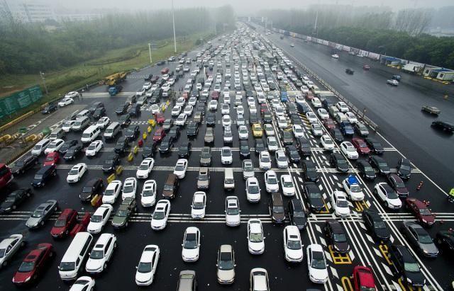 国庆假期高速免费,那么7号上路,24点后下高速还收费吗?