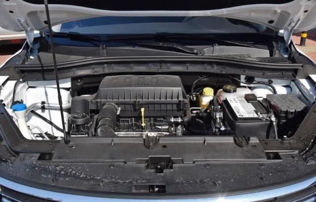 这台车,从8.68万降至6.98万,配合资发动机满足国六标准