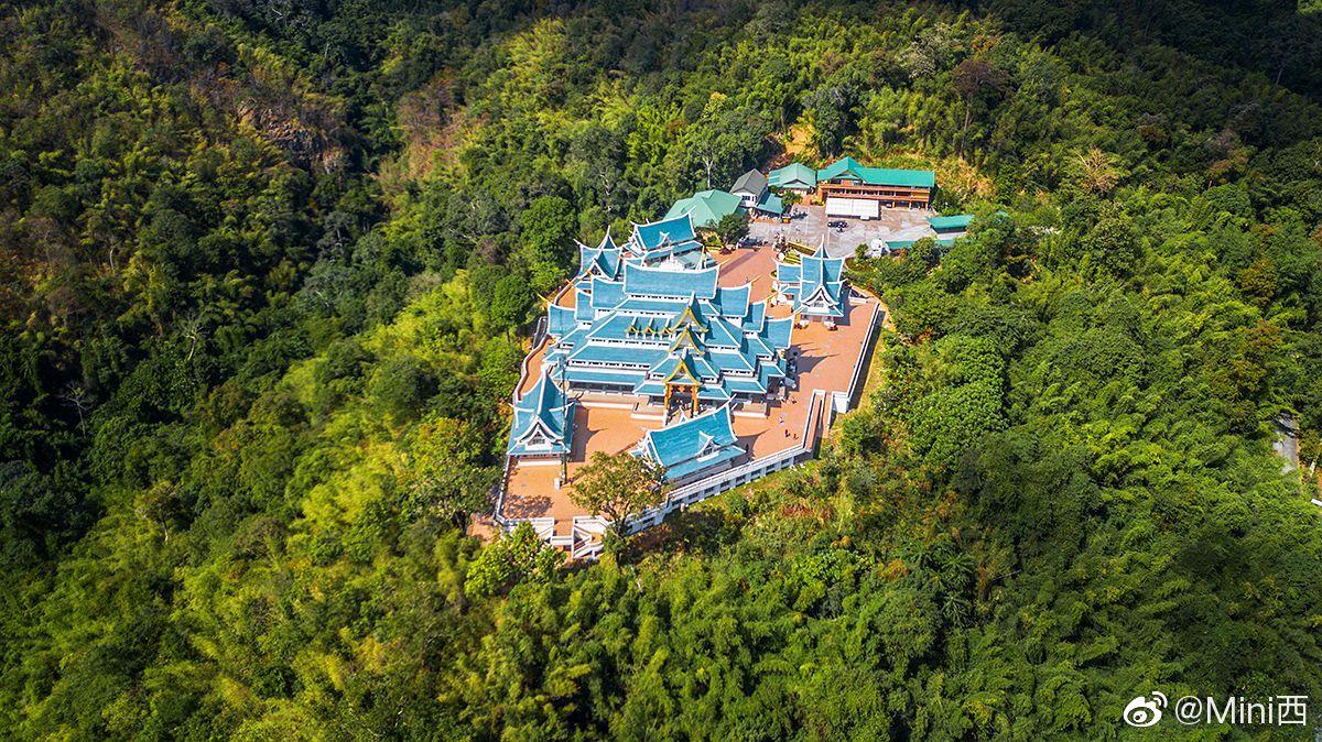 帕普功寺,是泰国北部一座在百度中都查不到的悬崖寺庙