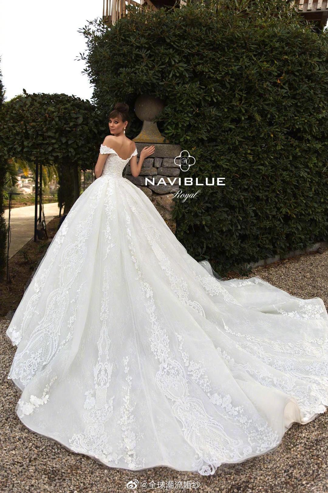 来自俄罗斯的皇室婚纱品牌NaviBlue