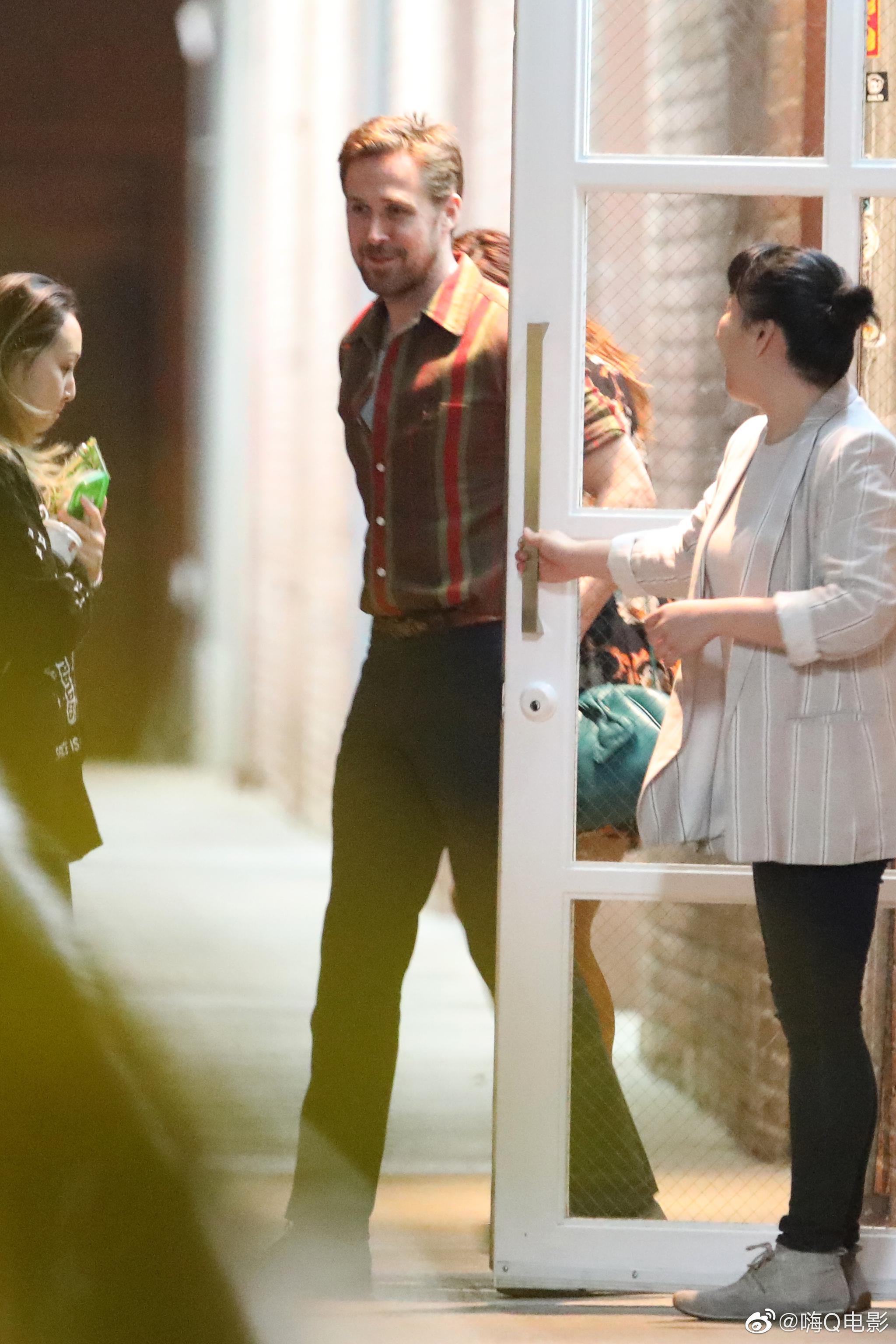 瑞恩·高斯林和伊娃·门德斯9月5日外出吃饭