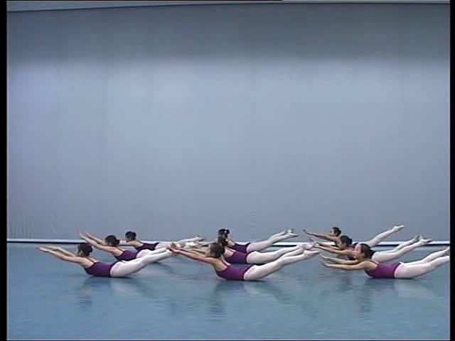北京舞蹈学院附属中等舞蹈学校        基训教学 素质练习