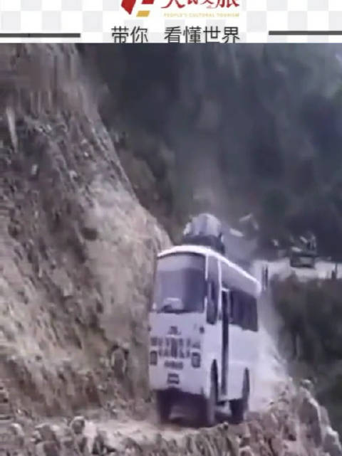印度神奇公交,隔着屏幕都感觉心在颤抖