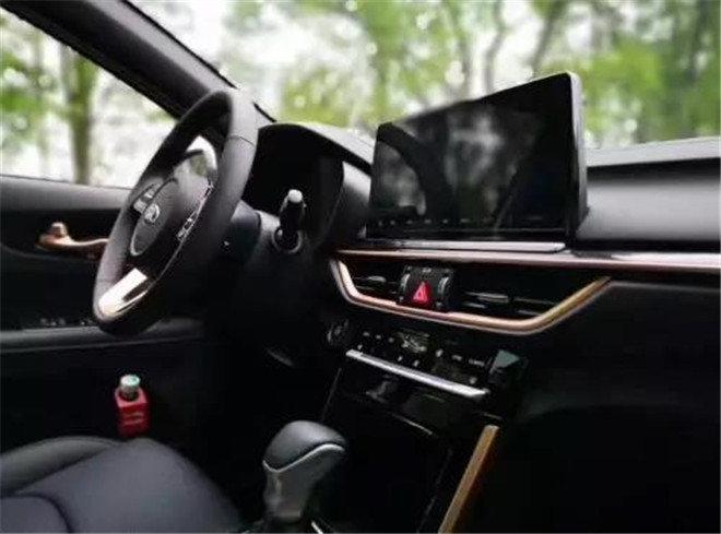 10万级最良心的合资家轿!你选全新一代K3还是英朗?