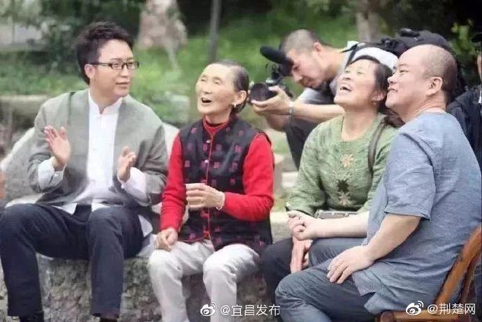 """因""""昭君""""结缘!李玉刚为宜昌兴山捐赠20万元"""