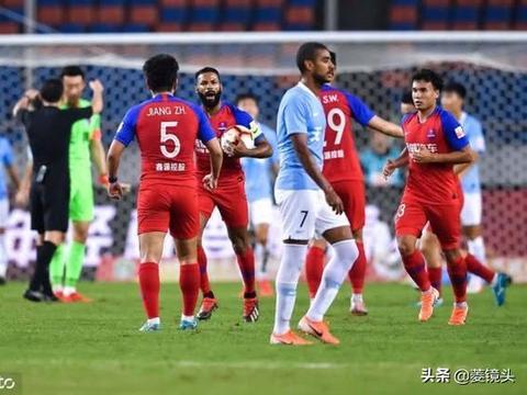 天海客场1-1重庆4轮不败 王晓龙建功郑达伦送乌龙球