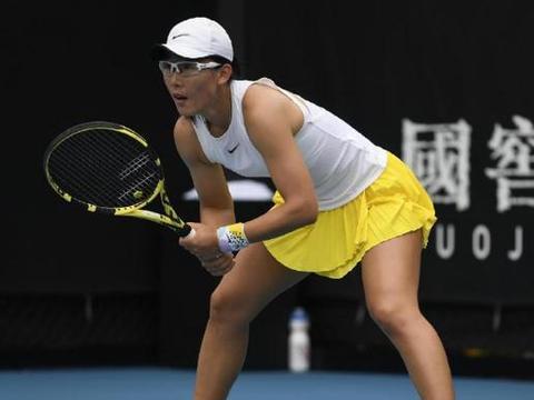 中国金花第1胜!郑赛赛时隔4年再取澳网胜利 下轮挑战卫冕冠军
