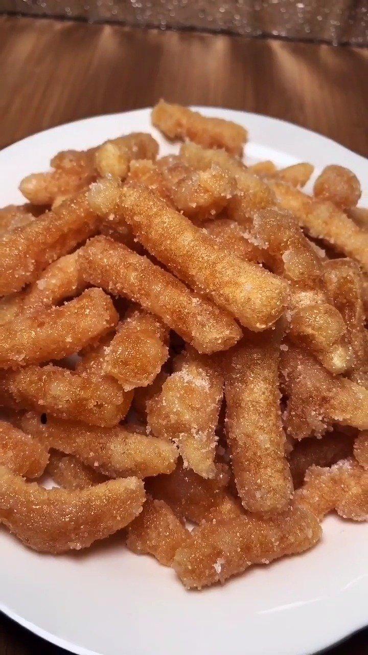 油炸江米条,又香又脆,真好吃