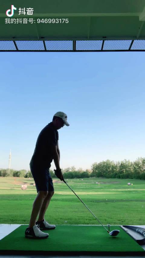 高尔夫练习一号木