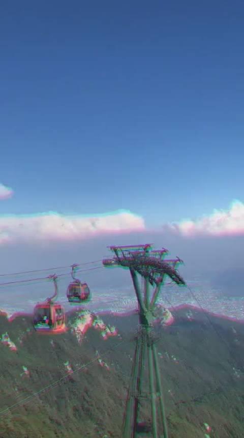 漂亮的蘑菇云出现现山顶,难得一见