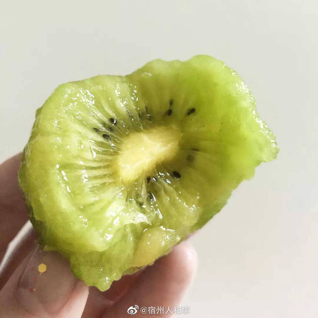 秋季水果:安徽砀山梨,陕西徐香猕猴桃、新疆西梅、丹东黄油桃