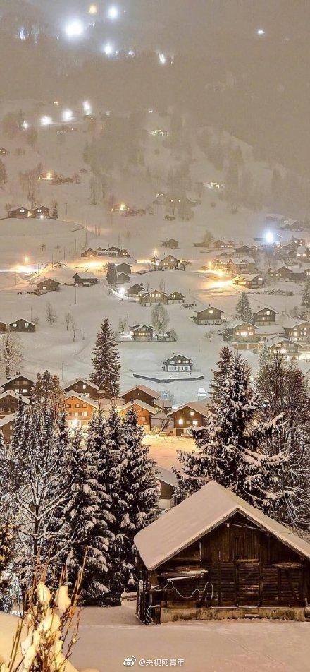 晚安搭乘一辆雪国列车