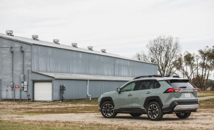 外媒评新一代丰田RAV4集锦,更运动更省油,最快明年国产上市