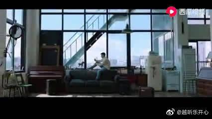 偶像练习生董又霖《9 To 5》MV首播,首次挑战唱跳曲曲风,太帅了