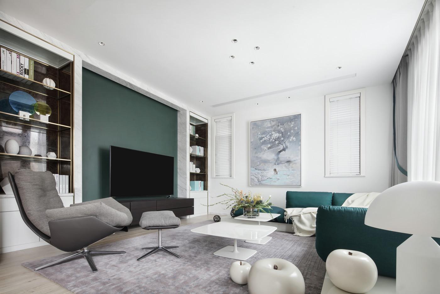 余灏凌设计 成都麓山国际社区700m现代简约私人别墅