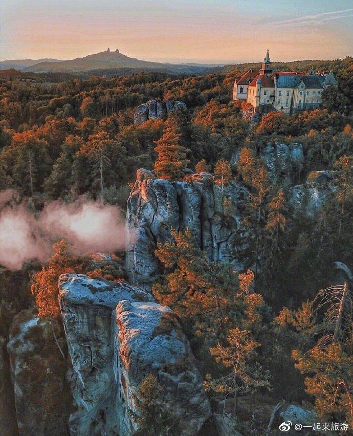 捷克的深秋仿佛就是童话