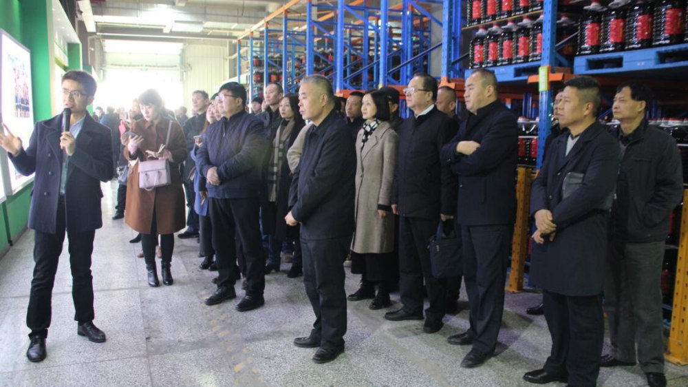 陕西日报传媒集团走进西安爱菊粮油工业集团考察调研