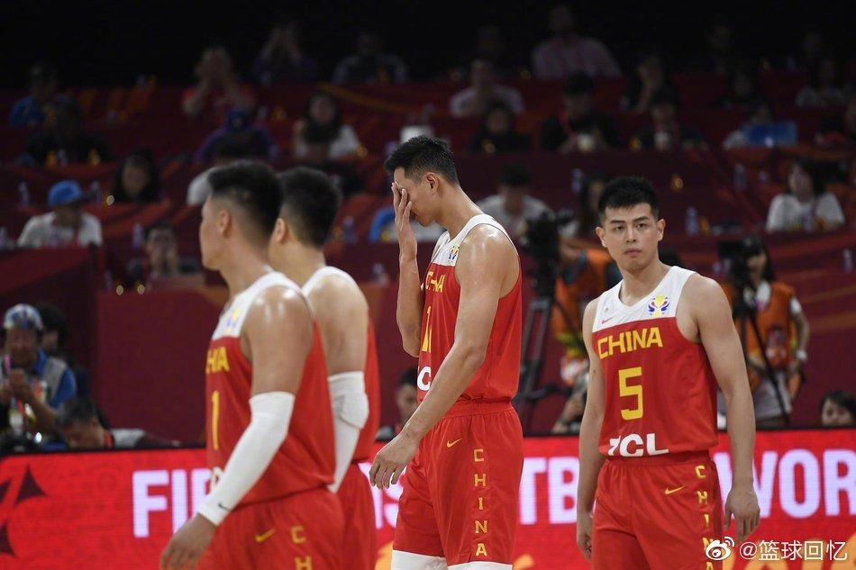 中国男篮59-72不敌委内瑞拉,无缘晋级16强的同时