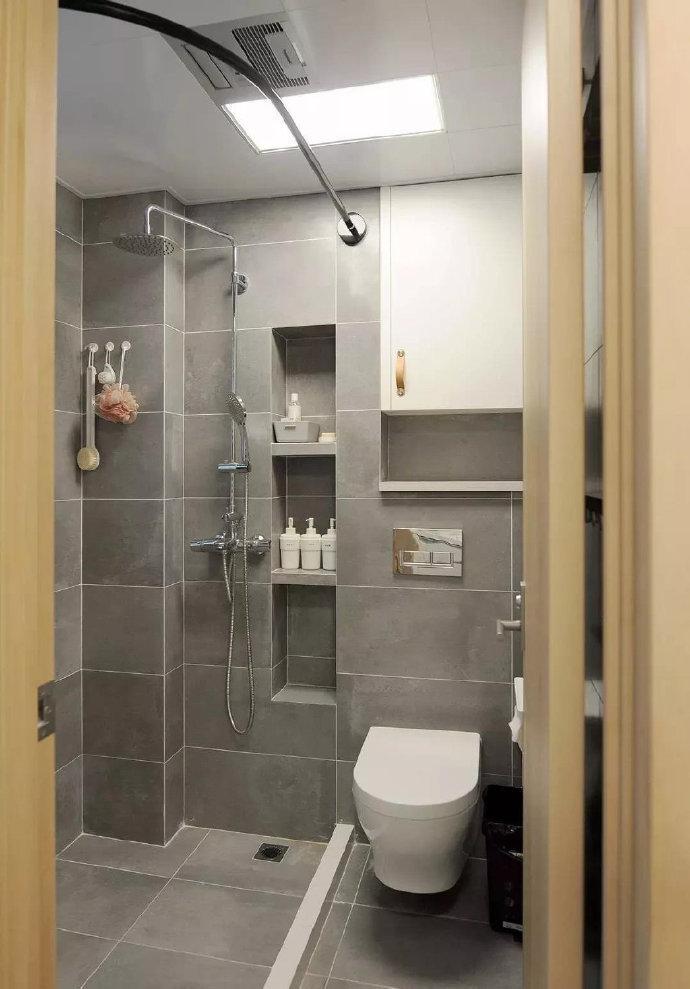 卫生间壁龛设计,实用小收纳。