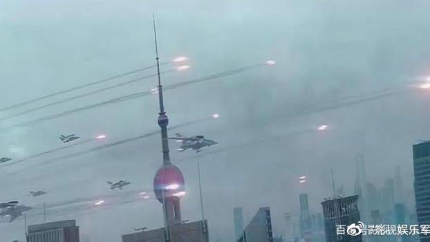 《上海堡垒》特效炸裂,导演耗时6年,票房能否超《流浪地球》