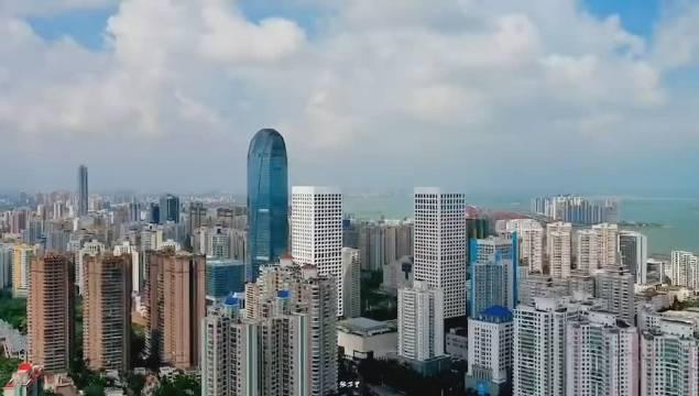 海南的省会——海口,物价很高,工资不低,但它依旧很美