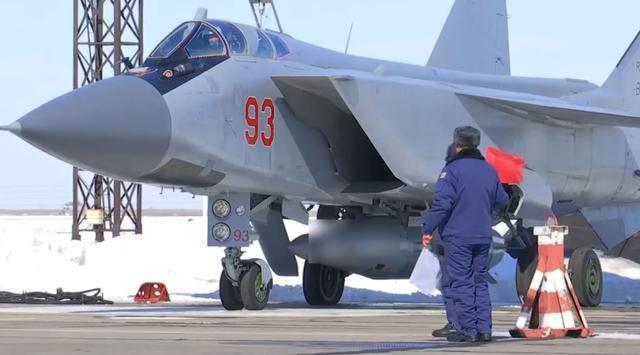 美国和北约的噩梦,俄罗斯高超音速武器年底服役,人类无法拦截!