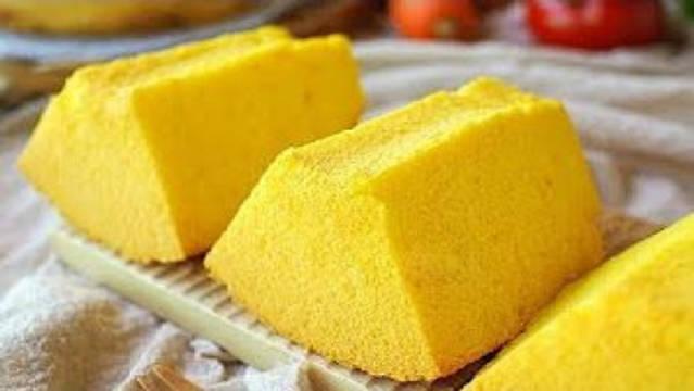 南瓜戚风蛋糕,松软细腻,弹性十足,带有淡淡南瓜的的味道~~
