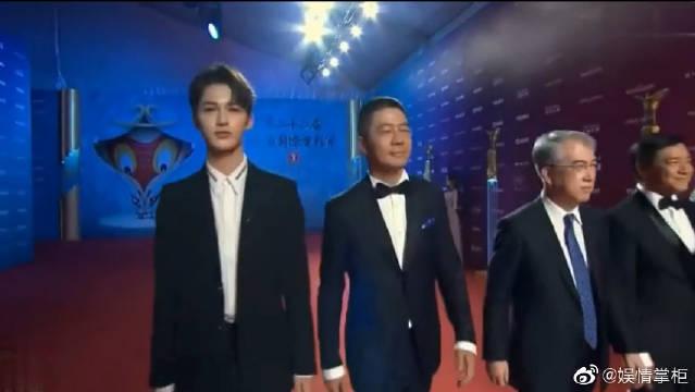 《急先锋》,剧组上海国际电影节红毯,新人演员朱正廷