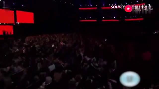 感受一下全美音乐奖Jessie J结石姐 天后级别 的霸气!