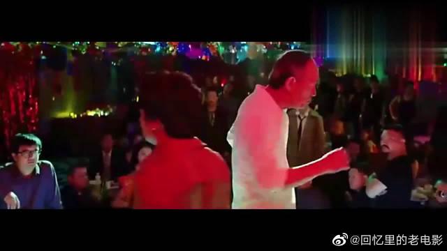 金士杰惊喜客串,这舞蹈跳的好搞笑,不愧是老戏骨