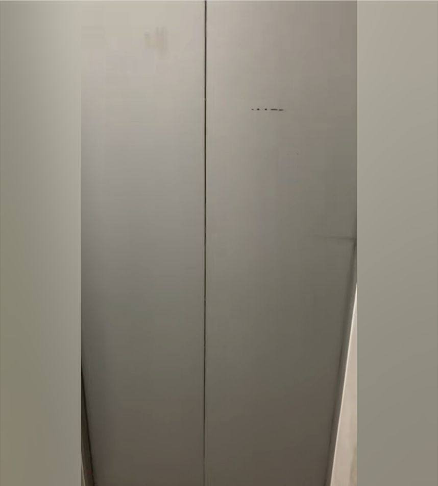 邻居结婚,把电梯弄成这样