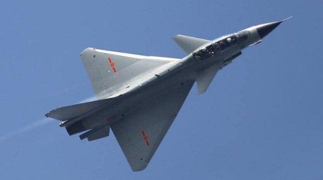 性能不逊于F16,歼10战机为何仍未成功出口?张召忠说出了大实话