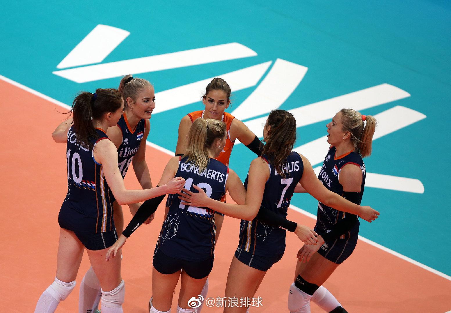 俄罗斯站,荷兰女排3-0泰国女排