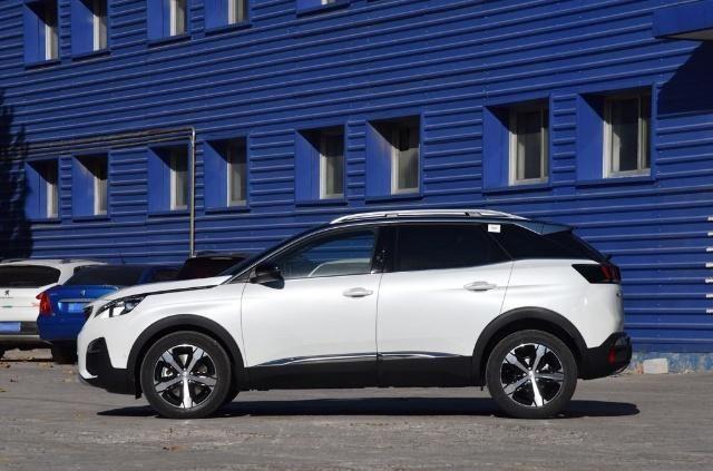 本田CR-V和标致4008之间的对比,两款车同时上市,它卖得更火
