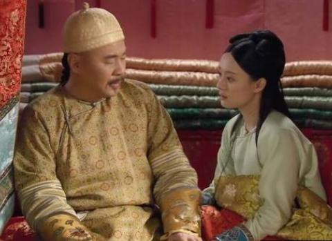甄嬛传:为何皇上把吃剩的柑橘给甄嬛时,皇后会怕到彻夜难眠?