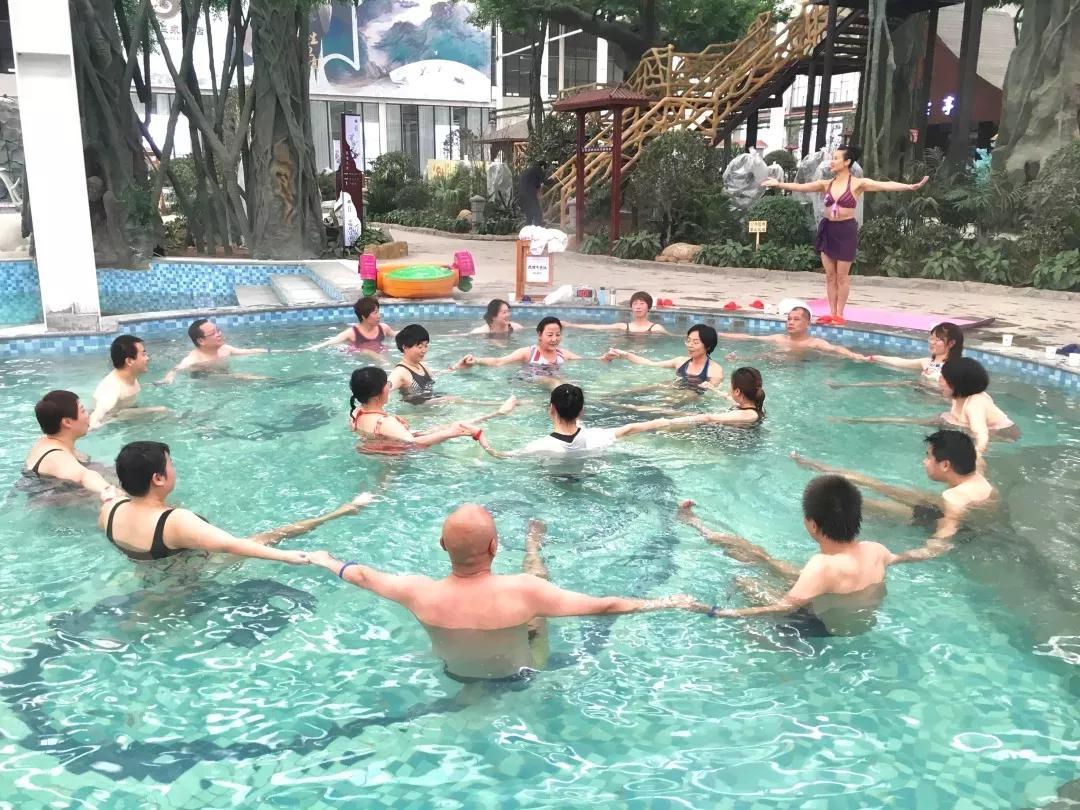 陕菜探秘之旅开年大作:品美食、泡温泉、学瑜伽、赶年货大集