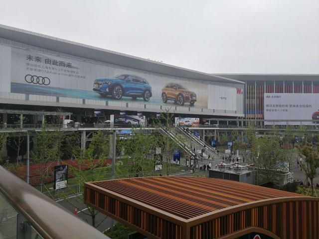 """上海车展的电动化浪潮下,造车新势力竟不再""""非主流"""""""