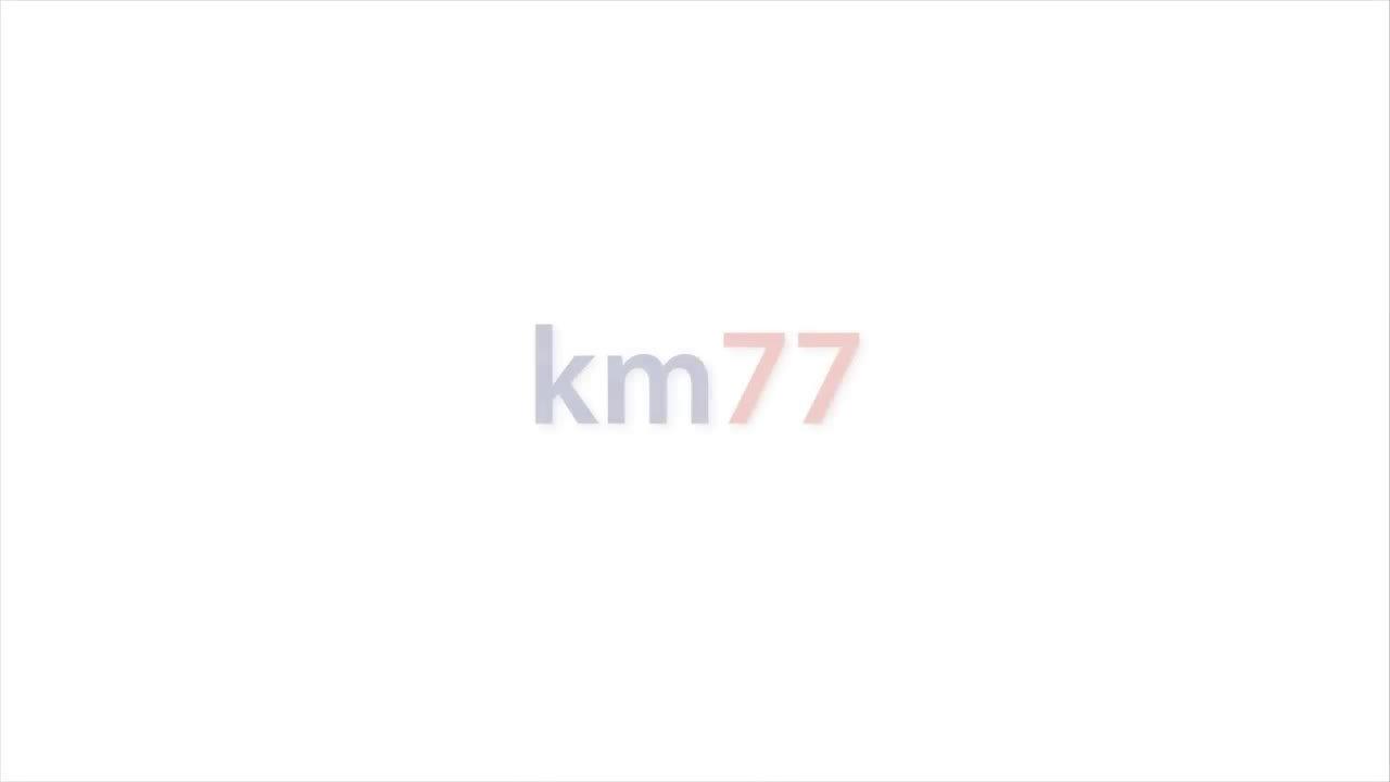 视频:奔驰C级旅行版麋鹿测试:71公里/小时