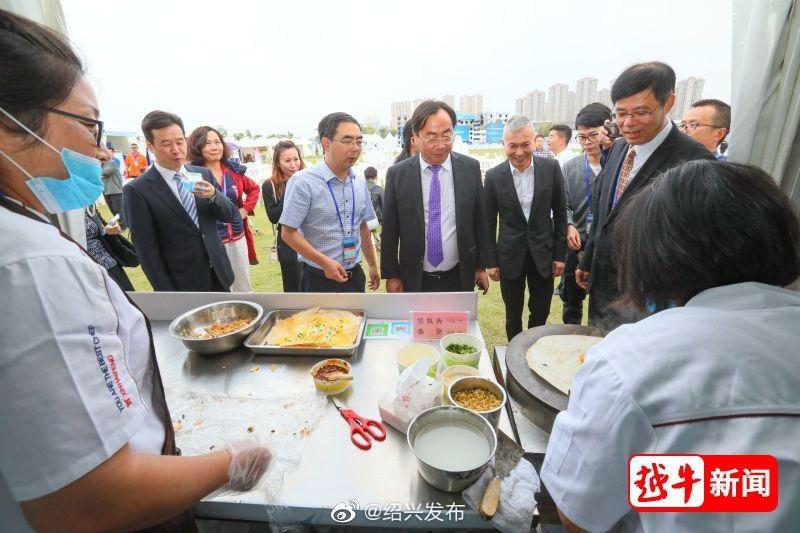 """新昌炒年糕、炒榨面、春饼…""""水马""""也能吃到正宗新昌味"""