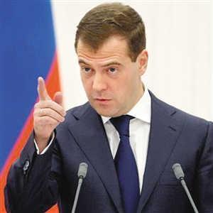 俄二号人物宣布重要决定,大批俄军奔赴北约边境,白宫:非常失望