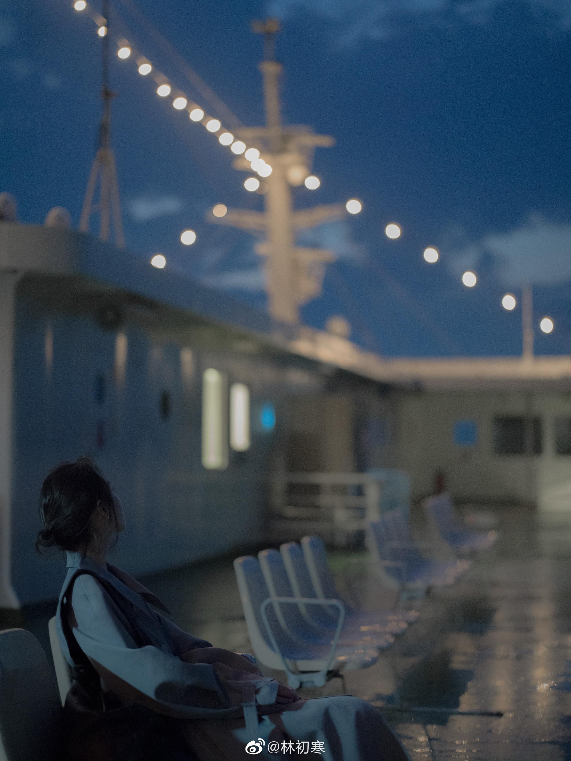 雨后的夜色 | 轮船 | 常存 | 四国林初寒