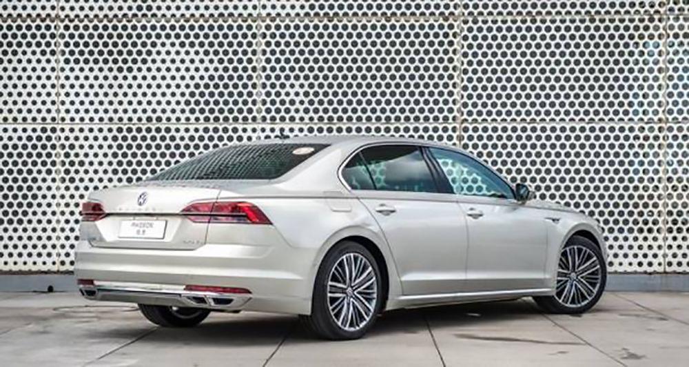 沃尔沃S90、皇冠、CT6和辉昂,30万预算买C级车怎么选?