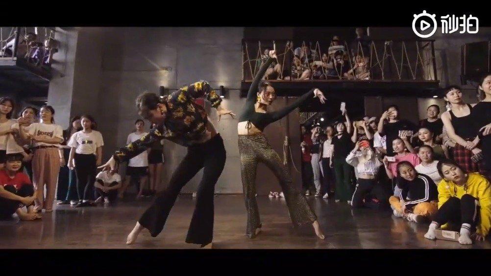 把《西游记》序曲编成了舞蹈,每一个动作都是那么的美,太惊艳了!